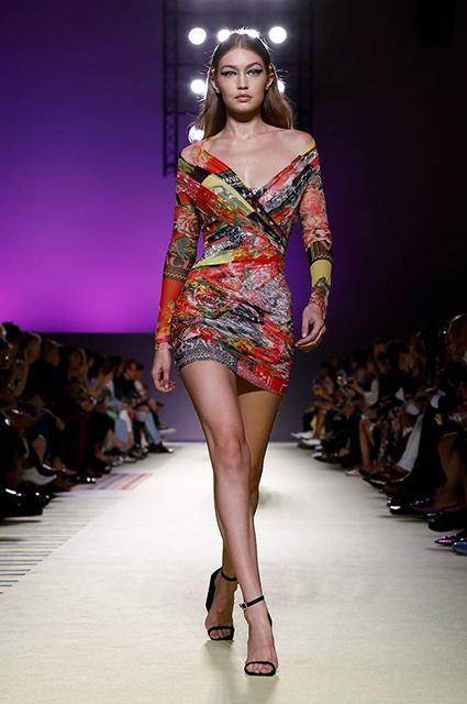 Джиджи Хадид / Versace