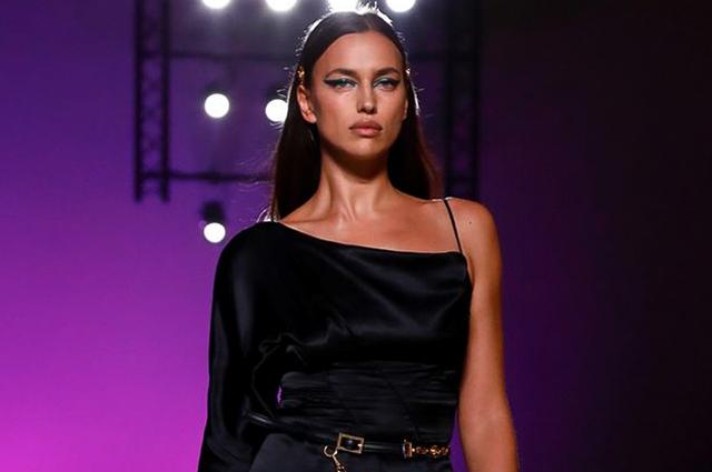 Неделя моды в Милане: Ирина Шейк, Наташа Поли, Кендалл Дженнер, Рози Хантингтон-Уайтли на показе Versace