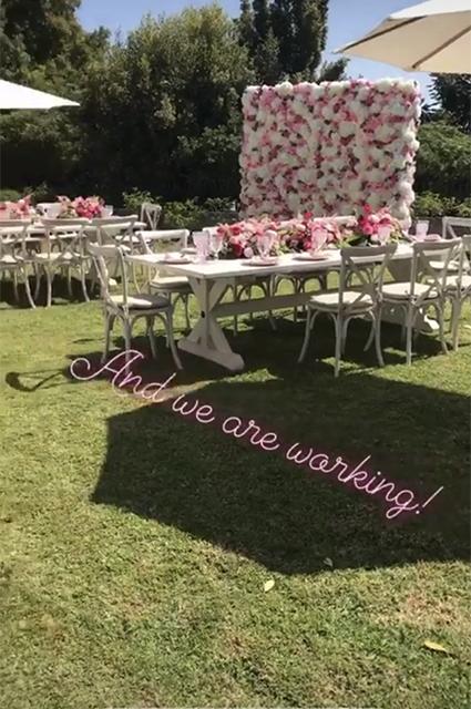 Вечеринка в честь скорого рождения третьего ребенка Кейт Хадсон