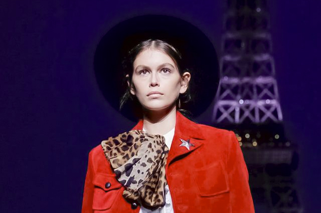 Неделя моды в Париже: Кейт Мосс, Синди Кроуфорд и Кайя Гербер на показе Saint Laurent