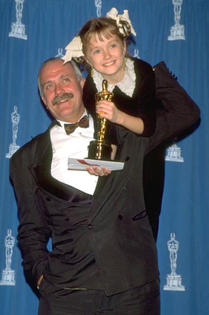 """Никита Михалков с дочерью Надеждой на премии """"Оскар"""", 1995 год"""