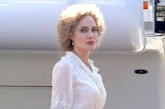Блондинка в стиле ретро: Анджелина Джоли на съемках нового фильма в Голливуде