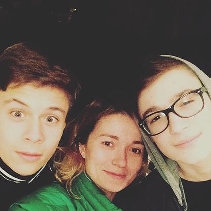 Надежда Михалкова с племянниками (сыновья Анны Михалковой)
