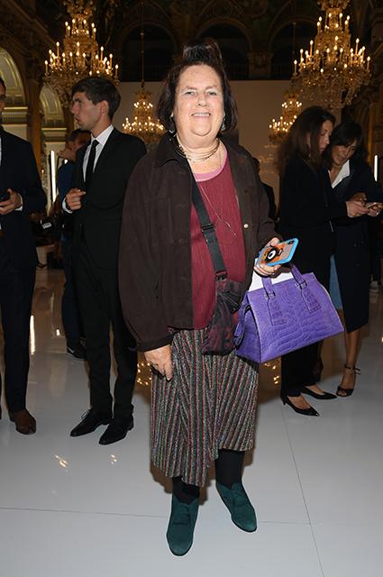 Сьюзи Менкес
