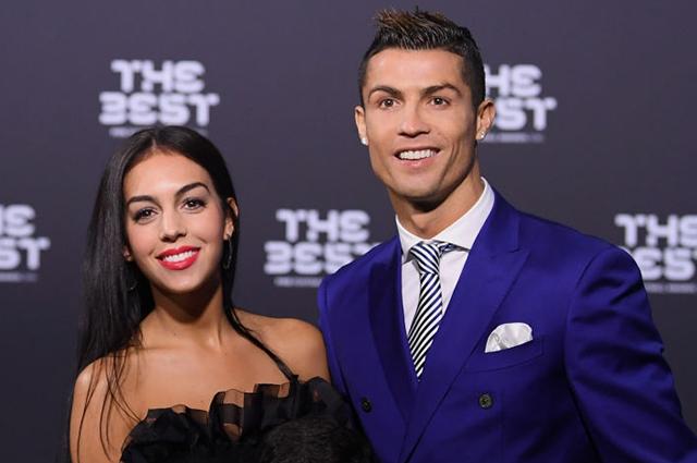 СМИ: Криштиану Роналду и Джорджина Родригес помолвлены
