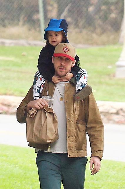 Райан Гослинг с дочерью Эсмеральдой