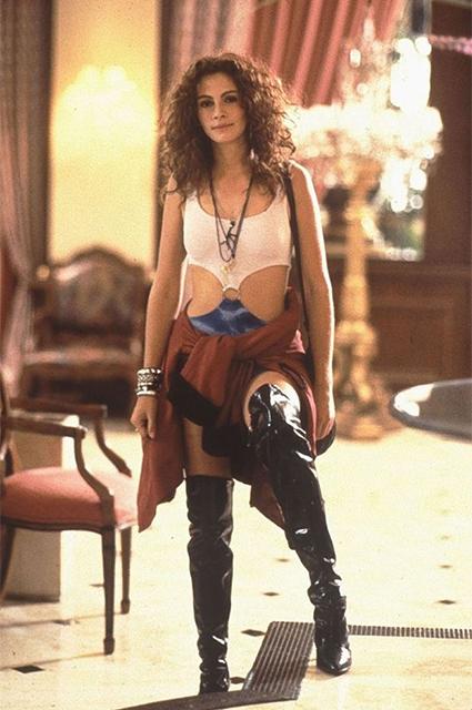 Дерзко! Кэти Холмс в мини-платье и кожаных ботфортах прогулялась по Нью-Йорку