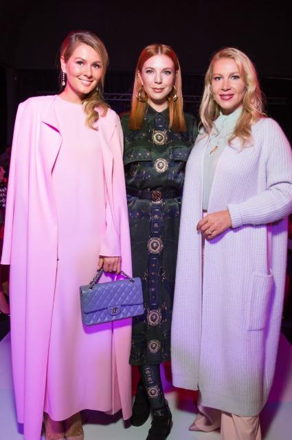 Мария Кожевникова, Наталья Подольская и другие гости показа Humariff