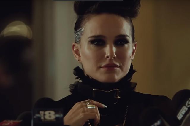 Гламурная рок-звезда Натали Портман в трейлере фильма