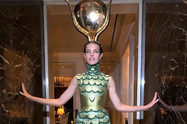 Наталья Водянова отметила Хэллоуин в костюме древнеегипетской богини