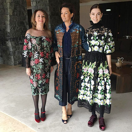 Наталья Тимакова, Ольга Магомедова и Алена Ахмадуллина