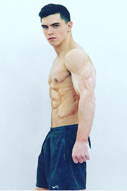 Артур Далалоян
