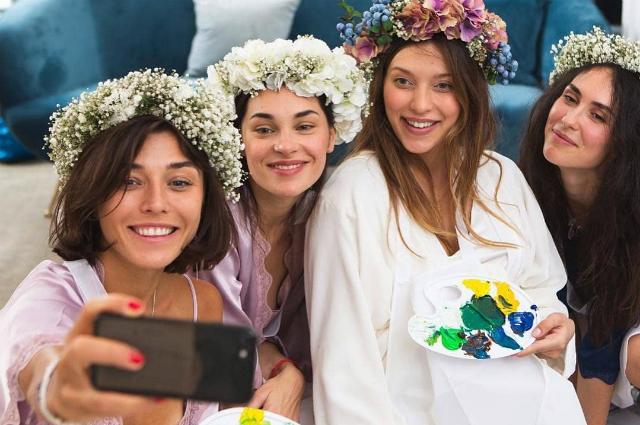 Регина Тодоренко устроила вечеринку по случаю скорого рождения своего первенца: фото и видео