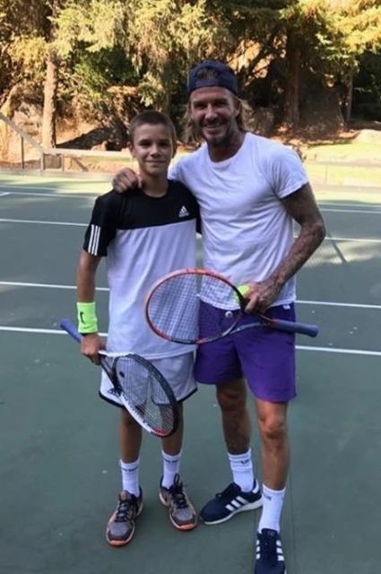 Виктория и Дэвид Бекхэм подарили сыну теннисный корт за 2,6 миллиона