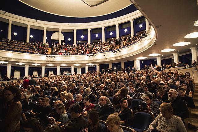 Context. Diana Vishneva: Резо Гигинеишвили, Надежда Оболенцева и другие на спектакле «Венесуэла»