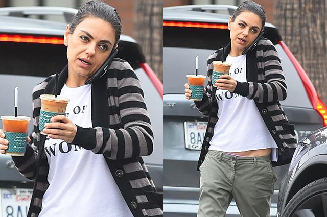 Уличный стиль знаменитости: Мила Кунис в полосатом кардигане и спущенных штанах в Лос-Анджелесе