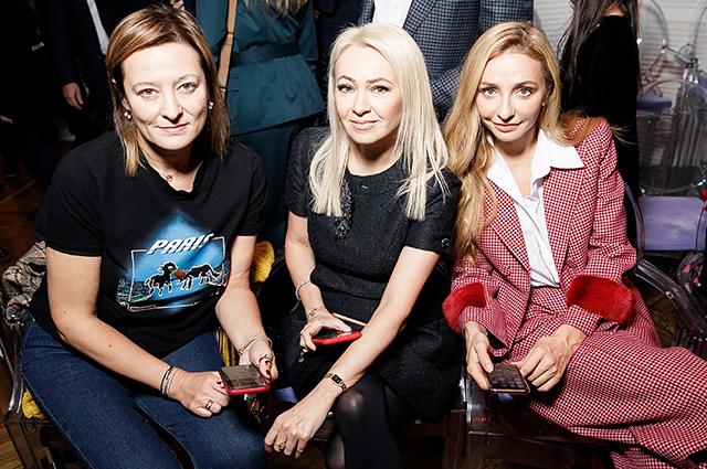 Яна Рудковская, Татьяна Навка, Юлия Барановская и другие на показе Галины Юдашкиной