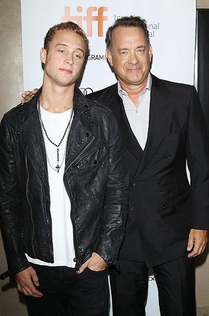 Чет Хэнкс с отцом, 2012 год
