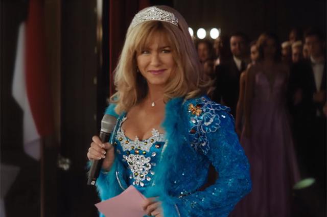 Дженнифер Энистон примерила корону королевы красоты в фильме «Пышка»: первый трейлер