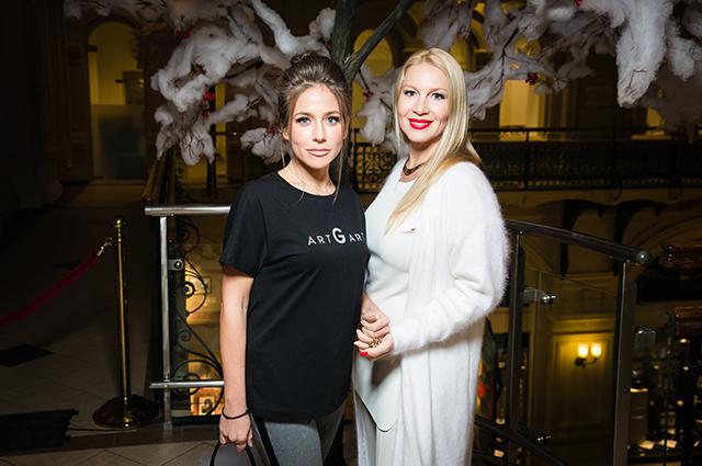 Юлия Барановская, Маша Федорова, Екатерина Одинцова и другие на модном показе в Москве