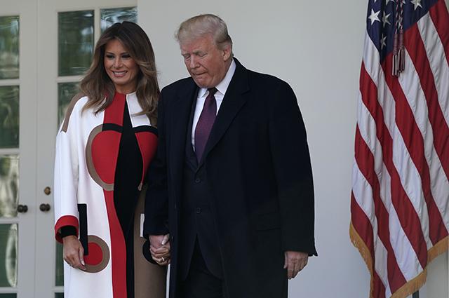 Дональд и Мелания Трамп провели церемонию помилования индейки в преддверии Дня благодарения