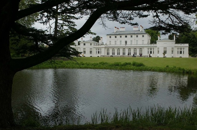 Резиденция Фрогмор-хаус