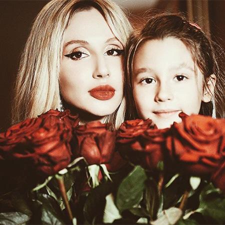 Светлана Лобода показала фанатам милое видео с полугодовалой дочерью Тильдой