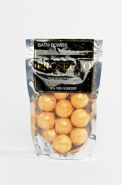 Wanted: «бомбочки» для ванны с просекко