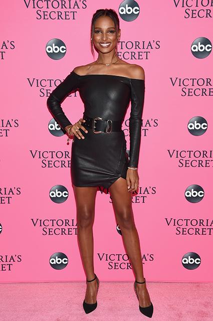 Эльза Хоск, Стелла Максвелл, Винни Харлоу и другие модели на вечеринке Victoria's Secret Viewing Party