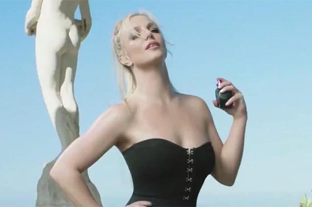 Бритни Спирс снялась в рекламе своего парфюма