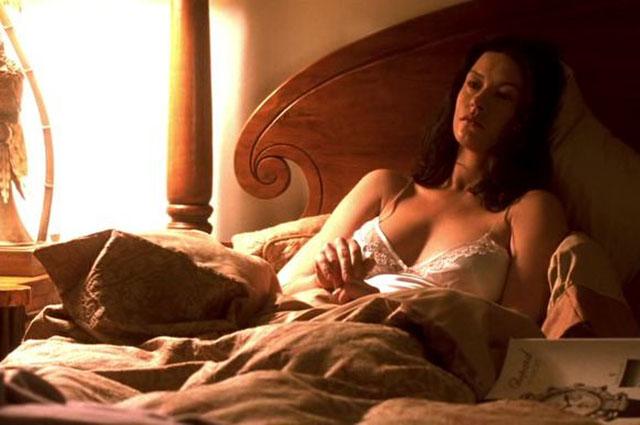 Мила Кунис, Анджелина Джоли и другие звезды, которые использовали дублеров для съемок откровенных сцен