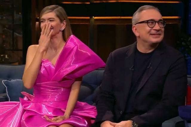 Брежнева и Меладзе впервые на шоу Урганта: яркий образ певицы, шутки и не только