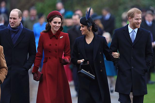 Кейт Миддлтон, Меган Маркл, принцы Уильям и Гарри посетили рождественскую службу