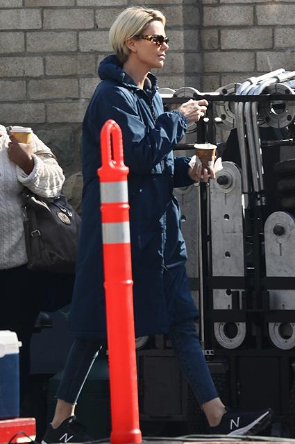 Шарлиз Терон снимается в роли телеведущей Мегин Келли: новые кадры со съемочной площадки