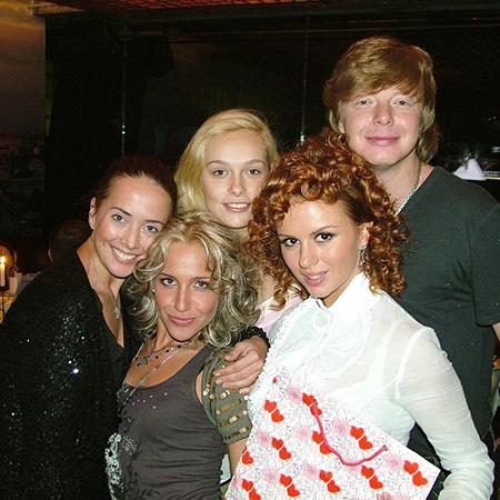 Жанна Фриске, Юлия Ковальчук, Анна Семенович, Андрей Григорьев-Апполонов с женой Мариной
