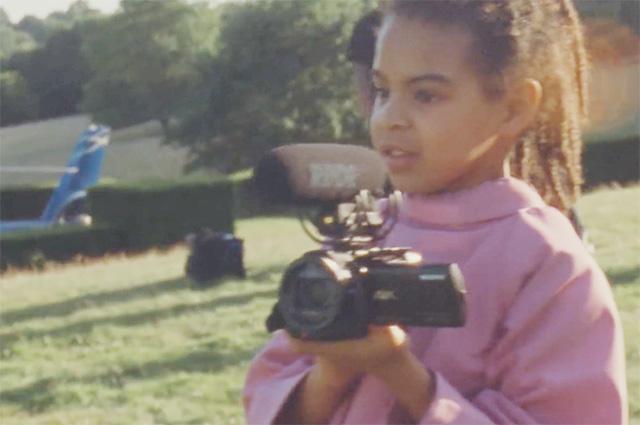 Дети Бейонсе поддержали маму на съемке легендарной обложки Vogue: фото и видео бэкстэйджа