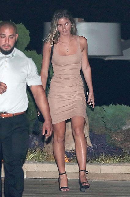 Бен Аффлек провел время в компании модели Playboy Шоны Секстон