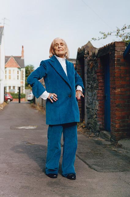 Helmut Lang выбрал необычных моделей для рекламной кампании своей осенней коллекции