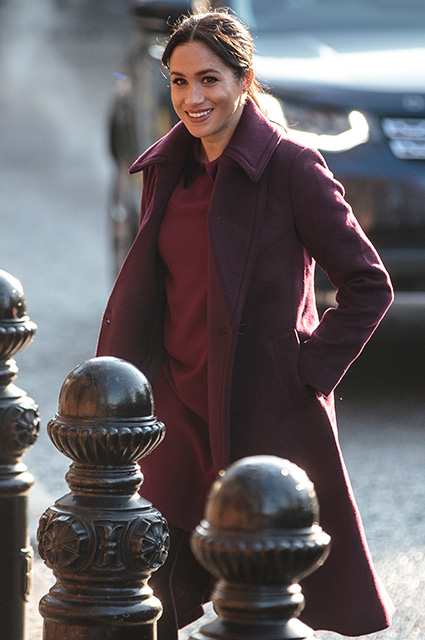 Кейт Миддлтон и Меган Маркл выбрали похожие образы: сравниваем выходы герцогинь