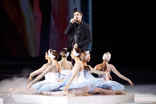Дима Билан с артистками балета