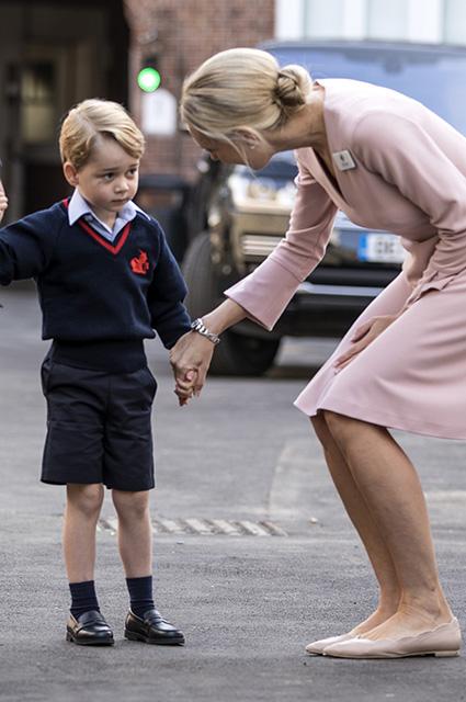 Принц Джордж с учителем