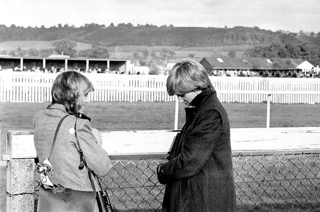 Минутка ретро: как дружба принцессы Дианы и Камиллы Паркер-Боулз превратилась в соперничество