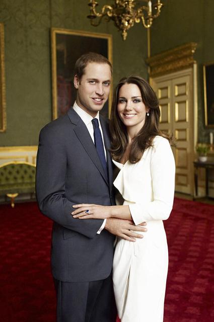 В сети обсуждают портрет Кейт Миддлтон и принца Уильяма в гостиной королевы Елизаветы II