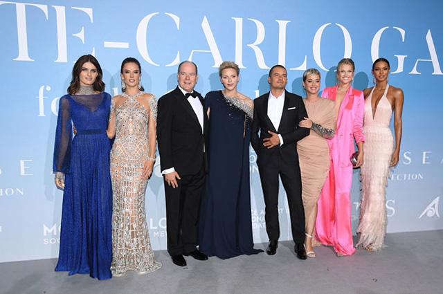 Изабели Фонтана, Алессандра Амбросио, князь Альбер II, княгиня Шарлен, Орландо Блум, Кэти Перри, Тони Гаррн, Лаис Рибейро