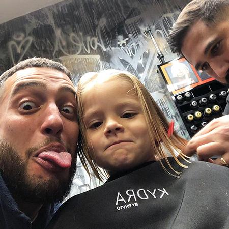Алиса со своим дядей Артемом