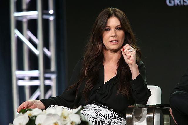 Кэтрин Зета-Джонс рассказала, как она и дети отреагировали на обвинение Майкла Дугласа в харассменте