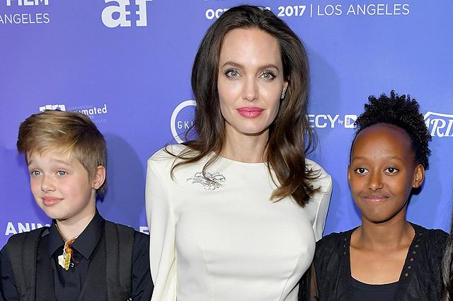 Анджелина Джоли рассказала в интервью о своих детях: «Не хочу, чтобы они были послушными»