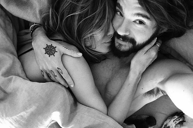 Хайди Клум сфотографировалась с женихом Томом Каулитцем в постели