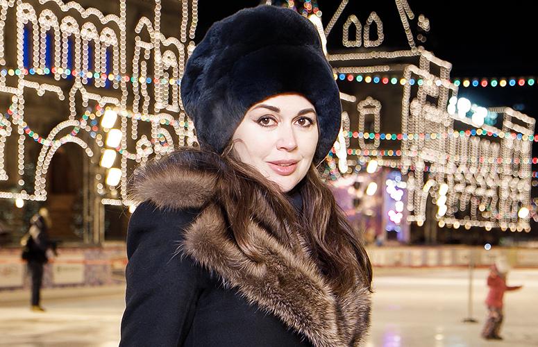 Гости церемонии открытия катка на Красной площади в Москве