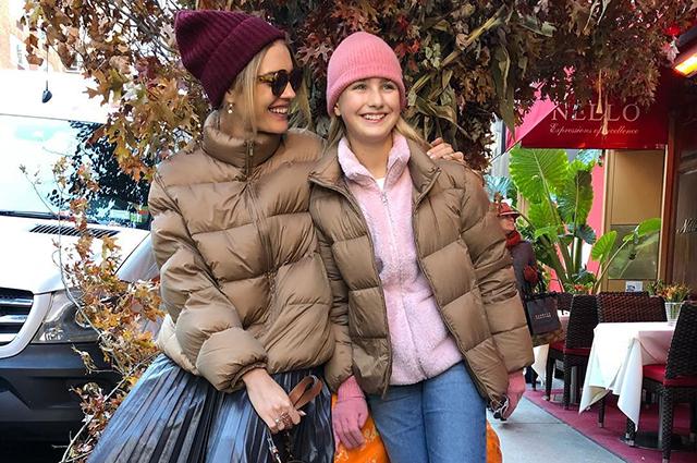 Наталья Водянова весело проводит время с детьми в Нью-Йорке